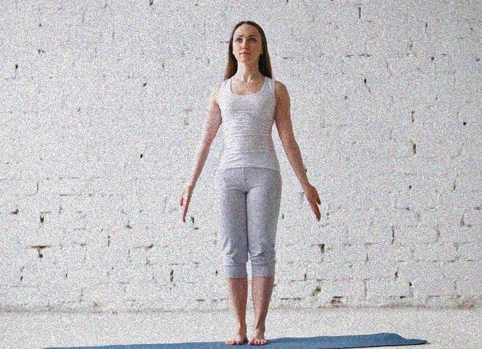 йога для беременных поза горы